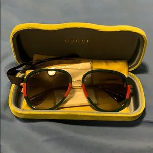 New Gucci women's Aviator Sunglasses